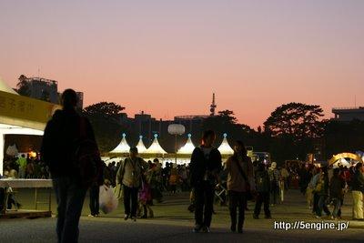 夕暮れ時の駿府公園